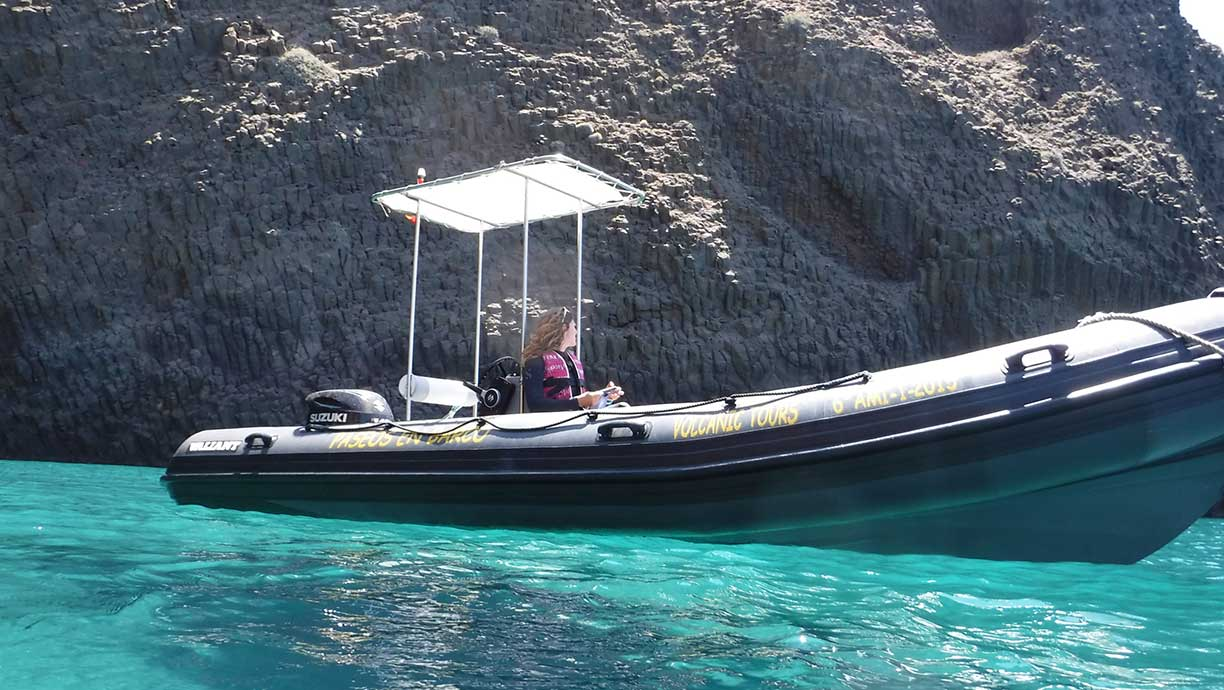 Contemplate and enjoy the sea. Volcanic Tours. Boat Routes Cabo de Gata